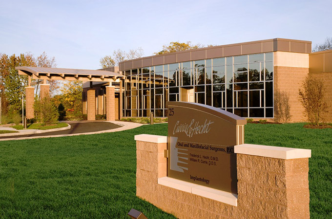 Currie & Hecht Oral Surgery Center